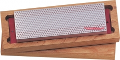 DMT W8F Diamond Whetstone 8 Inch with Base, Hardwood Storage Box, Red Fine Grit